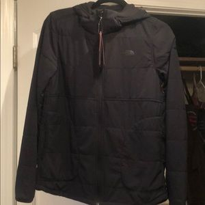Black North Face lightweight jacket